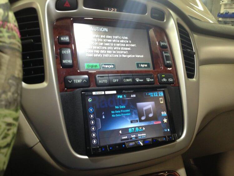 2006 Toyota Highlander Hybrid Gets A New Pioneer Double Din Radio Rhhandcraftedcaraudio: 2007 Tundra Radio Problems At Gmaili.net