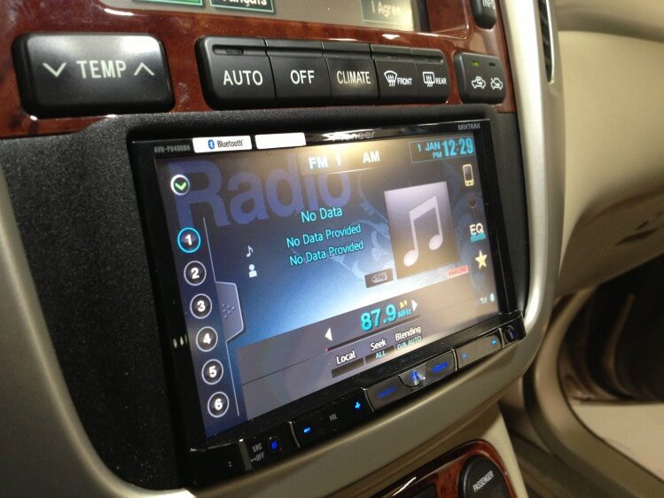 2006 Toyota Highlander Hybrid Gets A New Pioneer Double Din Radio Handcrafted Auto Marine Offroad