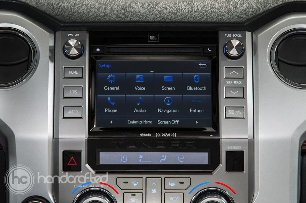 2014 Toyota Tundra gets a new Kenwood navigation system