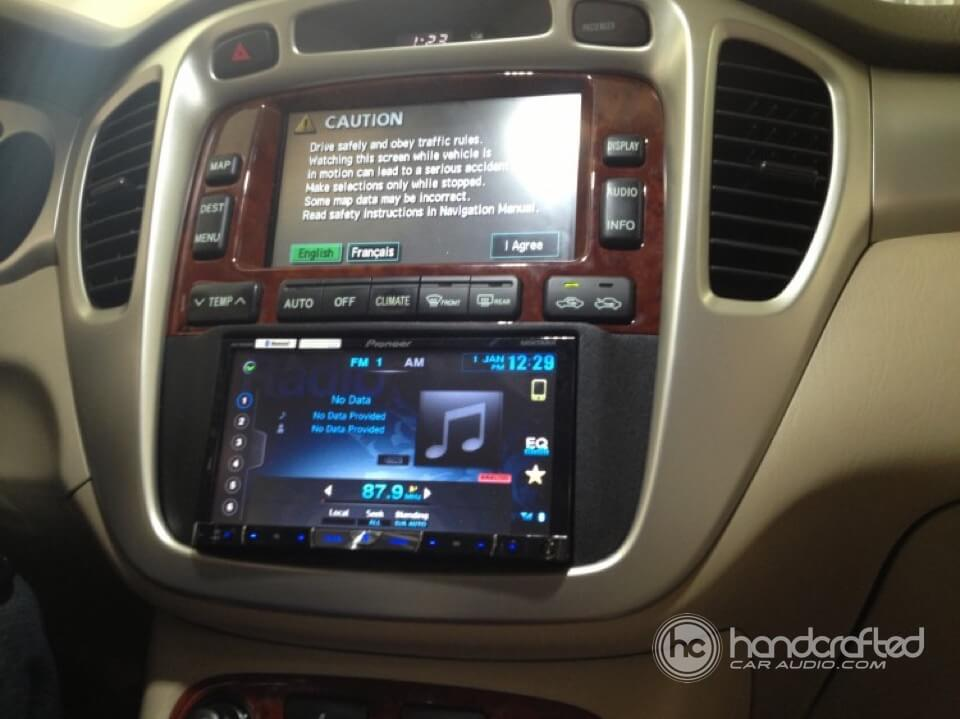 Toyota Highlander on Pioneer Double Din Stereo